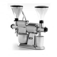 Macinacaffè,macinapepe e grattugia professionale GCP, a norma CE, 230/400 V trifase ,dimensioni 650x260x650 mm