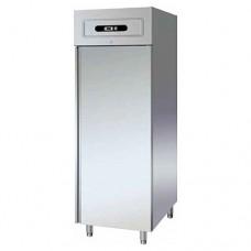 Armadio refrigerato GN2/1 statico, in acciaio inox AISI 304, modello GN600TN,dimensioni 680x810x2010 mm, capacità 507 lt, temperatura +2°C + 8°C