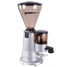 Macinadosatore doppia funzione, macina il caffè nella giusta dimensione e lo dosa nella giusta quantità, capacità dispenser di caffè macinato 400 gr, dimensioni 380x235x610h mm