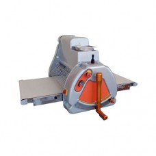 Sfogliatrice da banco manuale, macchina ideale per Pizzeria artigianale, Gastronomie e laboratori di piccole dimensioni. Larghezza cilindri mm. 500, dimensioni chiusa 750x970x610h mm