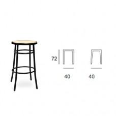 Sgabello medio con struttura di colore nero, seduta in finta paglia, indicato per ristorante, pub, sale giochi. Modello SC-SG MEDIO 110