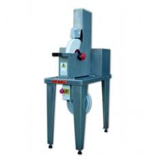 Affilatrice ad acqua con struttura portante interamente in acciaio inox AISI 304, dimensioni 800x400x1400h mm