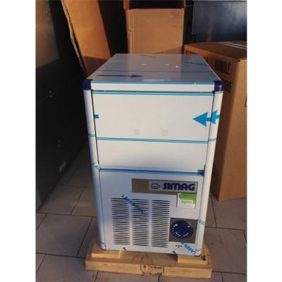 Produttore di ghiaccio in acciaio inox, a cubetti forati, raffreddamento ad aria, modello SC-SDE18, produzione 18 kg ogni 24 ore, capacità contenitore 4 kg, 230 V